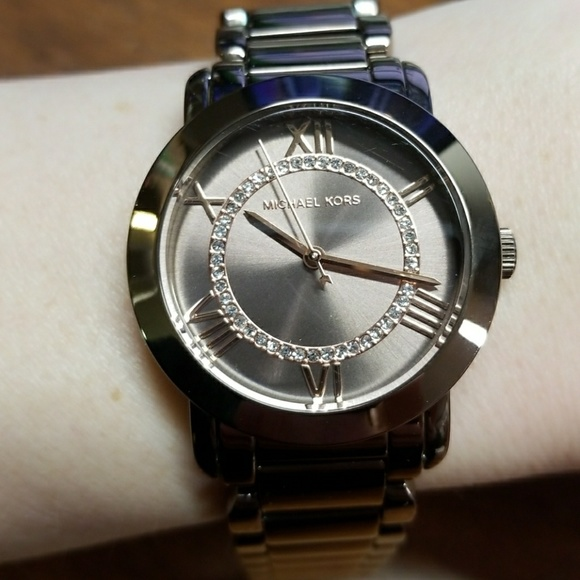 0500c7cd3dd7 Michael Kors Ladies Watch. M 5a9ebf4d31a376bffbb743ec